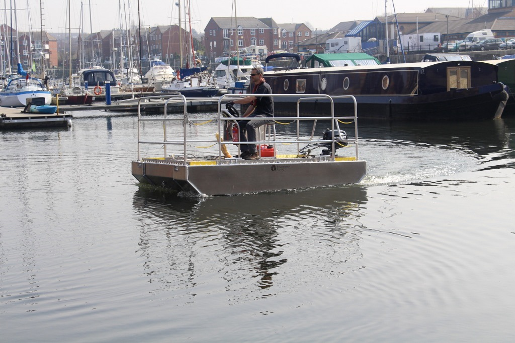 pontoon boat working platform boat